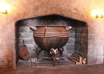 leaky cauldron 3